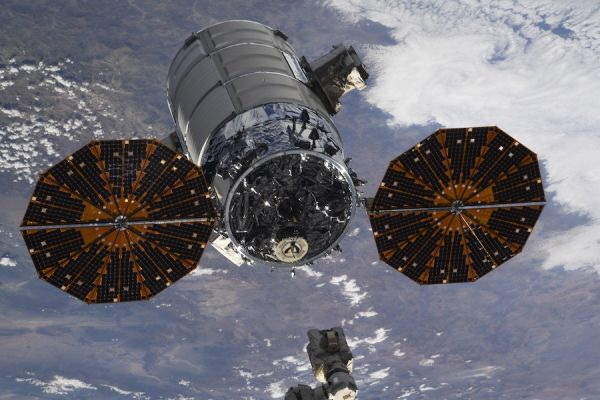 CYGNUS DEPARTS SPACE STATION, DEPLOYS CUBESATS
