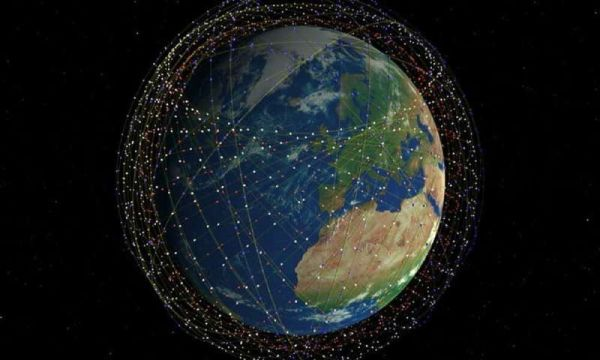 ASTRONOMERS HAVE SERIOUS CONCERNS ABOUT SATELLITE CONSTELLATIONS