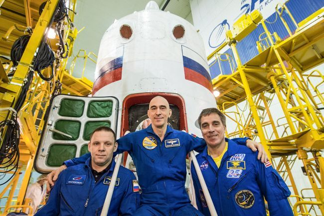 YOU CAN WATCH 3 ASTRONAUTS LAUNCH TO THE SPACE STATION EARLY THURSDAY. HERE'S HOW.