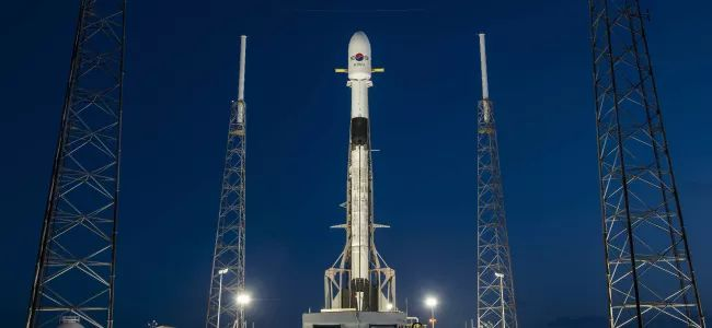 SPACEX DELAYS NEXT STARLINK SATELLITE FLEET LAUNCH DUE TO ROCKET 'RECOVERY ISSUE'