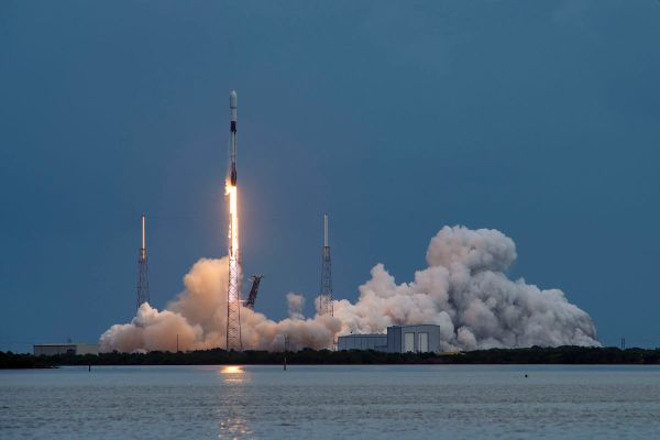 SPACEX ADDS ANOTHER 60 SATELLITES TO STARLINK NETWORK