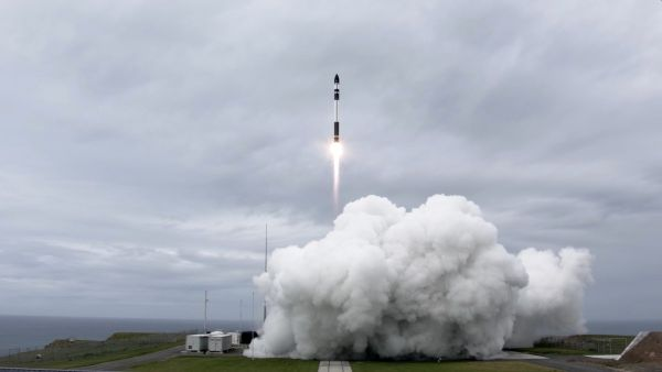 ROCKET LAB SUCCESSFULLY LAUNCHES SATELLITES FOR PLANET AND CANON
