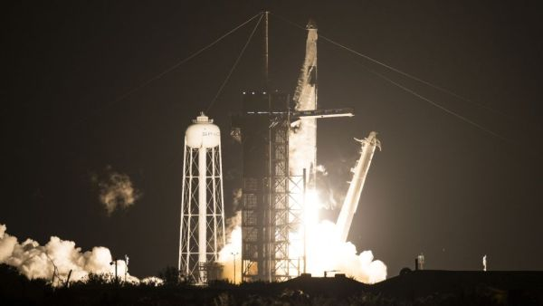 SPACEX CREW DRAGON LAUNCHES 4 ASTRONAUTS TO SPACE STATION IN 1ST OPERATIONAL FLIGHT FOR NASA
