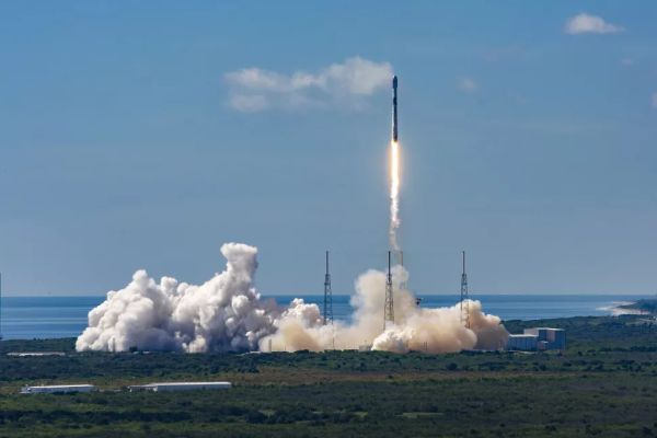 SPACEX SCRUBS STARLINK SATELLITE LAUNCH ON RECORD 7TH FLIGHT OF A FALCON 9 ROCKET