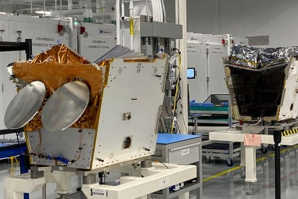 ONEWEB'S SATELLITE PLANT RETURNS TO FULL-SCALE PRODUCTION