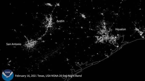 BEFORE AND AFTER: SATELLITE CAPTURES TEXAS POWER OUTAGE FROM SPACE