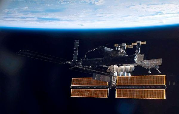 Size of crack aboard space station unchanged, says Russian cosmonaut