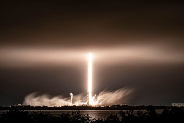 SPACEX STICKS 75TH FALCON ROCKET LANDING AFTER LAUNCHING 60 MORE STARLINK SATELLITES