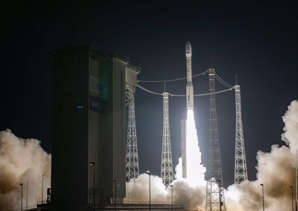 ARIANESPACE LAUNCHES AIRBUS PLéIADES NEO SATELLITE IN VEGA LAUNCH
